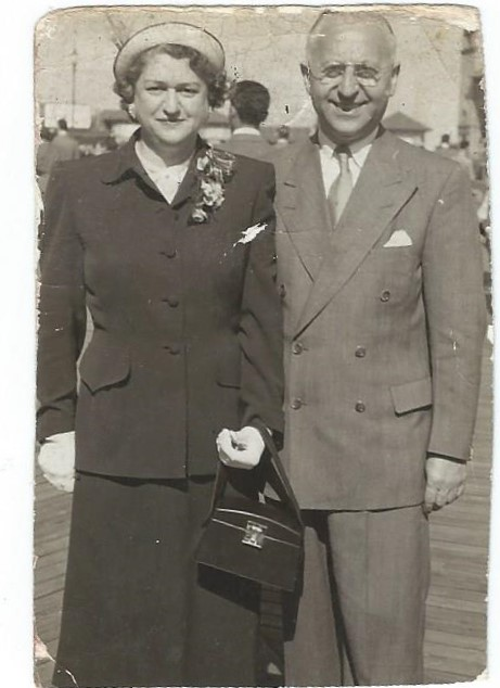 Rae and Morris Berger, Atlantic City, late 1940s early 1950s