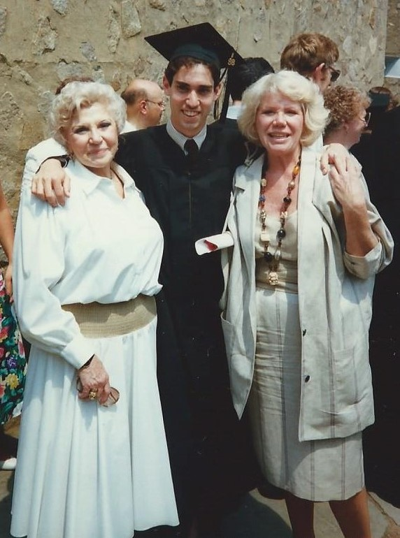 Yale graduation with Nana and Mom 1988.jpg