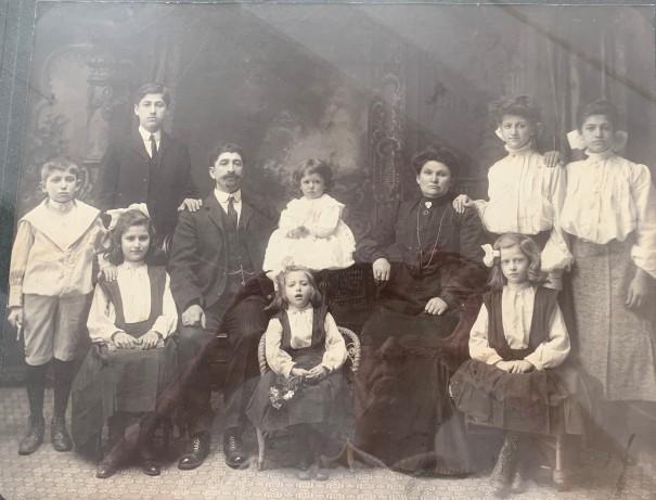Ceasar family c 1903